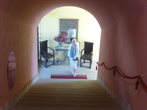The stairs leading to the Queen's Room... where we are at the top of the stairs. This is a huge old beautiful hotel in the middle of no where. Good choice Mutti!