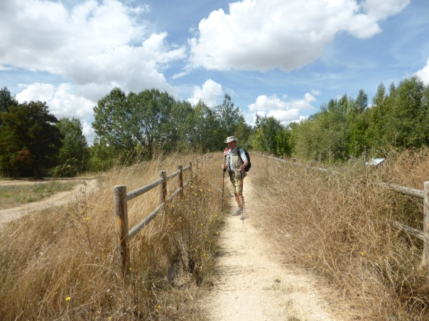 Walking a 4 -6 km long path through a nature conserve bordering Burgos which has a population of 200,000