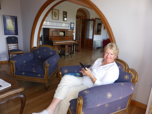 There is the blue room and the red room.. here is Mutti relaxing in a room filled with history.
