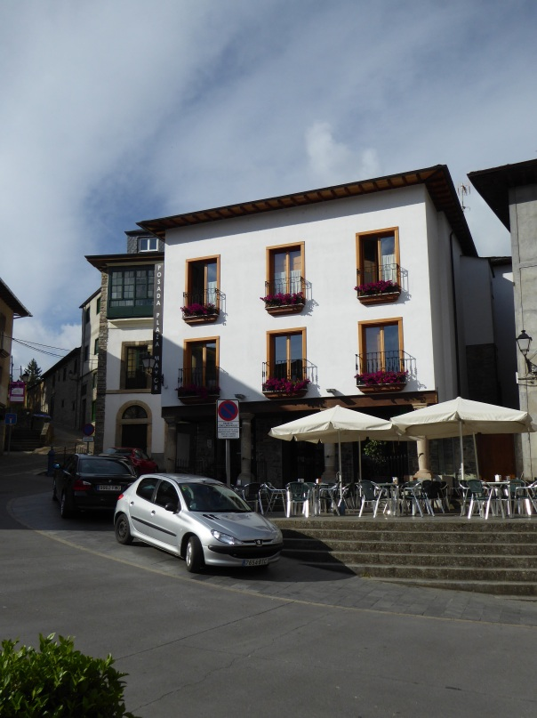 The Posada Plaza Mayor, our resting very comfortable resting place in Villafranca. Showed you the view from it yesterday, here is it from the street.  Wouldn't normally show our hotel, but this is so typical of our accommodations. Probably cost about $80 including a full and really  nutritious breakfast.  So very friendly and helpful staff, just like most others.