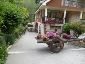 Typical of Camino Entrepreneurship: a small B&B, a coffee stop by day and a garden that is so exquisite
