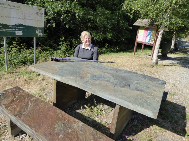 There have always been some kind of rest areas along the Camino. They have varied from the most basic to those that would put BC Parks roadside areas to shame. Here, where slate is everywhere, the table tops and benches are beautiful slabs of smooth slate fit for a custom kitchen.