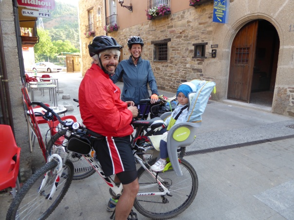 Here was the family with a two year old, doing the full Camino... On bikes - most riders do 60 km a day.